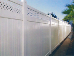 Should A Wood Fence Be Painted Before It Rains